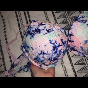 Pastel Victoria's Secret/PINK push up bra